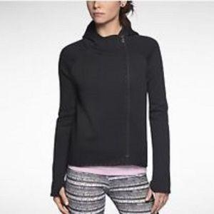 Nike Sports Tech Fleece